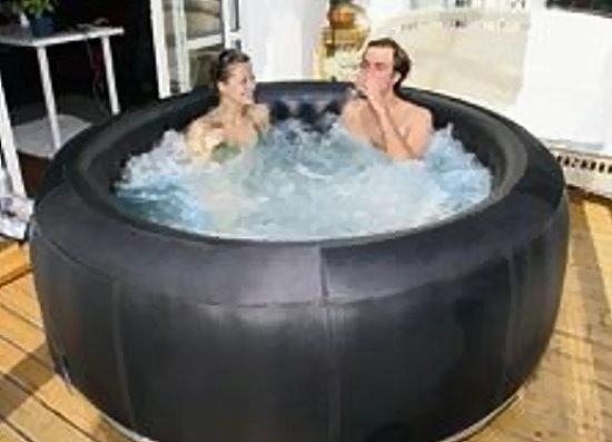 Whirlpool m spa camaro b 130 heizung pumpe aufblasbar for Aufblasbare pools im angebot