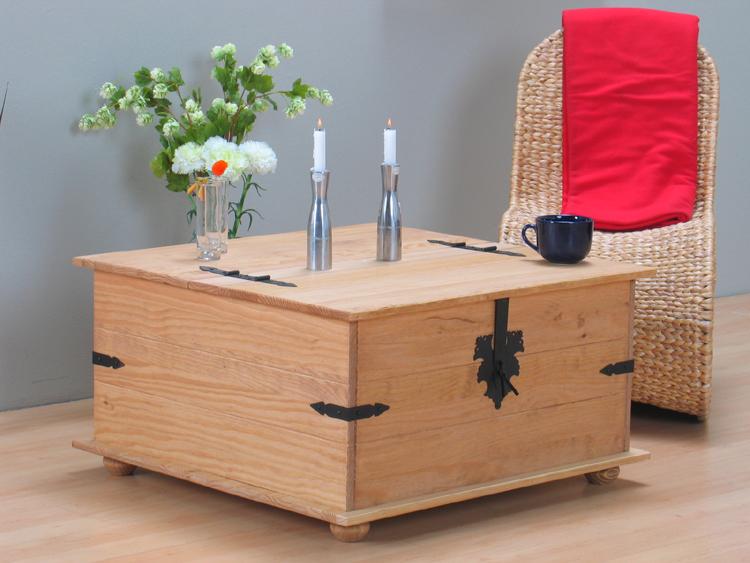massiver kiefer truhentisch mexico truhe tisch gelaugt ebay. Black Bedroom Furniture Sets. Home Design Ideas